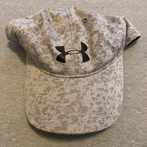 under armor heat heat hat
